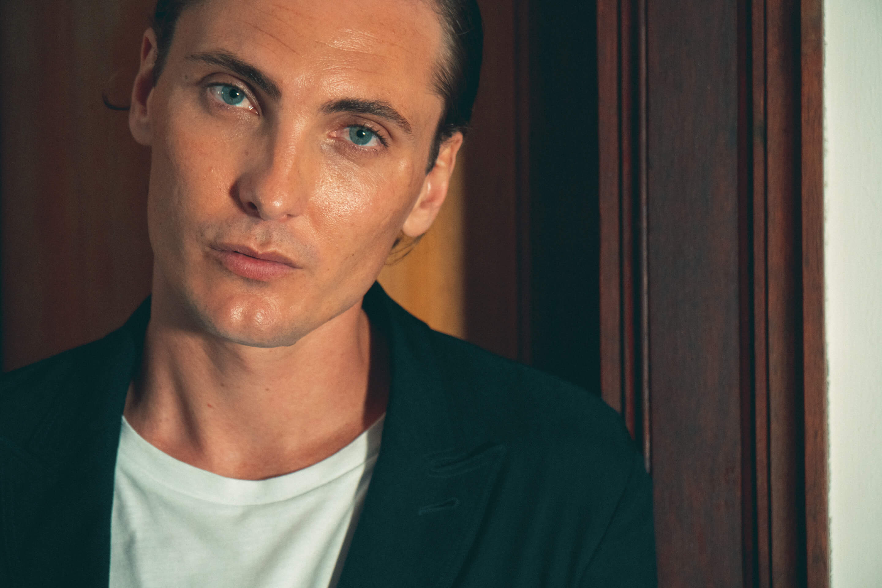 The Italian Reve Interview With Eamon Farren Everything Is Built From Truth Voices From The Screen Shirley henderson (mrs rose marbury). interview with eamon farren
